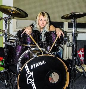 Selena Simić, drummer